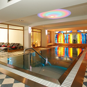 Indoor Swimming Pool - Bergers Sporthotel